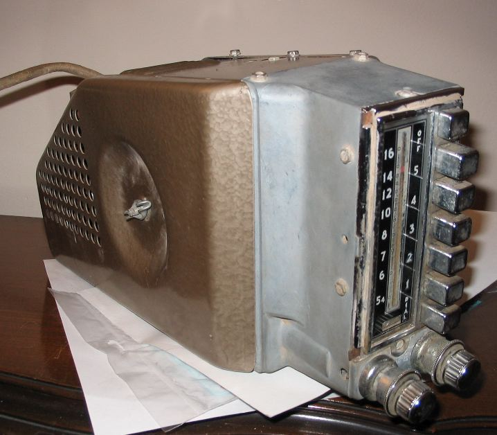 Philco 802 car radio